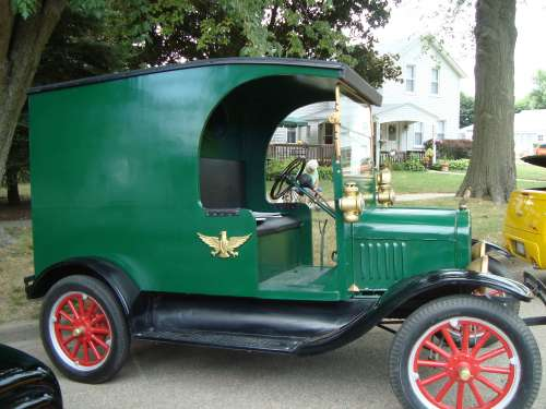 1926 Ford Model T C-Cab Delivery Truck