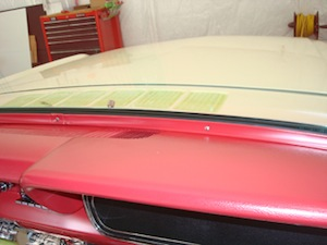 How to replace windshield glass in an antique, vintage, old, used or classic car or truck - step 14