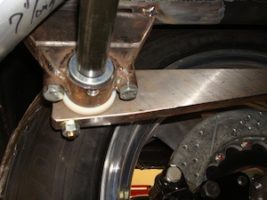 Installing a sway bar in an antique, vintage, old, used or classic car or truck - step 17