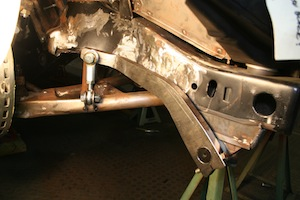 Installing a sway bar in an antique, vintage, old, used or classic car or truck - step 25