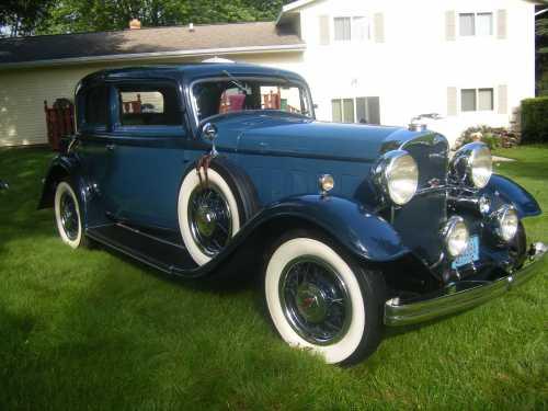 1932 Lincoln Victoria