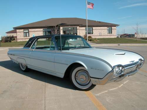 1962 Ford Thunderbird Landu